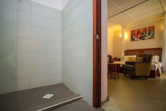 Kiserian, Kenia: Room View From Bathroom