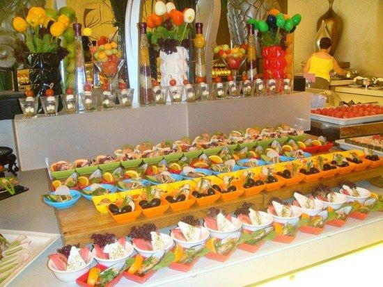 Al Mussanah, Oman: une partie du buffet de Pâques