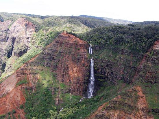 Jack Harter Helicopters - Tours: Waimea Canyon waterfalls