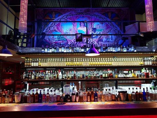 Torony - Orlando's bar