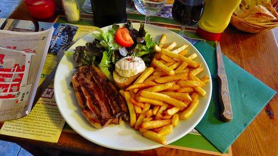 Monpazier, France: l'assiette périgourdine