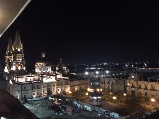 NH Collection Guadalajara Providencia: Roof Top Dining View