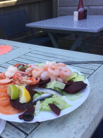 Cookie's Crab Shop: Crayfish and prawn salad