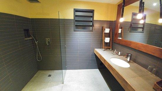 Hotel Sakamanga: 20180414_234808_large.jpg