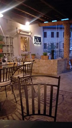 Sant'Urbano, Italien: 20180418_202615_large.jpg