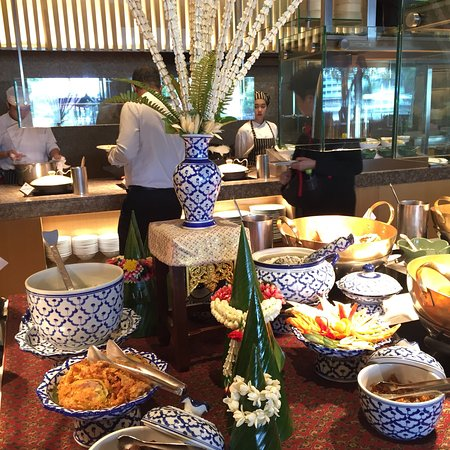 Excellent Lunch Buffet at Next 2 Cafe