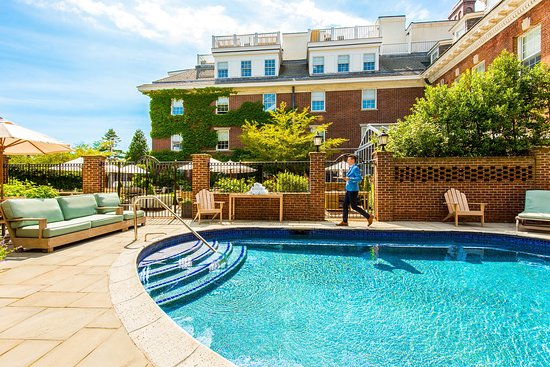 Pool - Picture of The Vanderbilt, Auberge Resorts Collection, Newport - Tripadvisor
