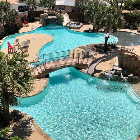 Beautiful facility with amazing pool
