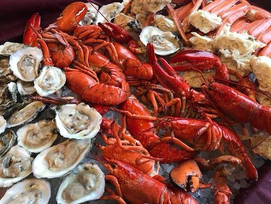 Algonquin, IL: Friday International Seafood & Sushi Buffet - 3