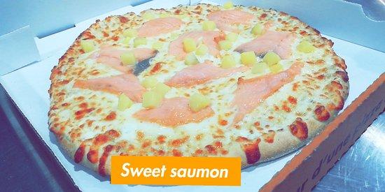 Champigny-sur-Marne, France: La Sweet Saumon