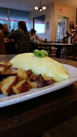 West Springfield, MA: Omelette