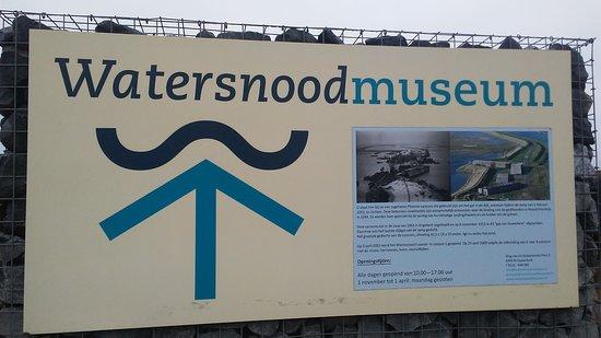 Ouwerkerk, Niederlande: Outside the museum