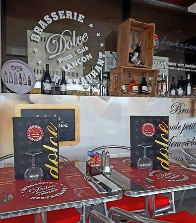 Dolce pizza cafe lancon provence for Pizza antoine salon de provence