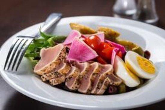 Tsawwassen, Canadá: Nicoise Salad