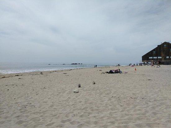 Malibu Lagoon State Beach: quiet beach near homes close by