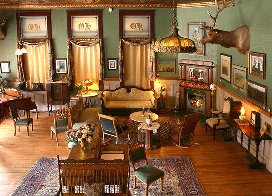 Búfalo, WY: Lobby of the Historic Occidental Hotel