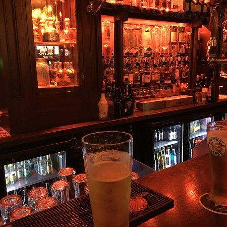 Ennis, Irlanda: Brogans Bar & Restaurant