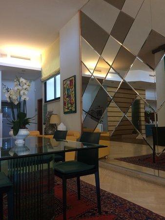 Doccia Con Tenda E Senza Piatto Picture Of Hotel Cristallo