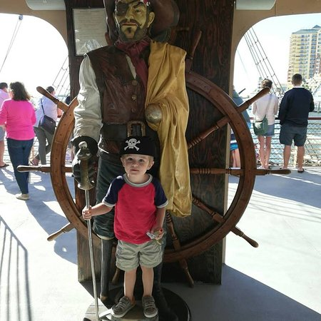 Buccaneer Pirate Cruise: phot op