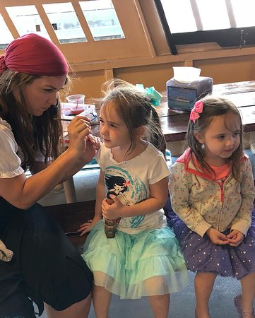 Buccaneer Pirate Cruise: face painting