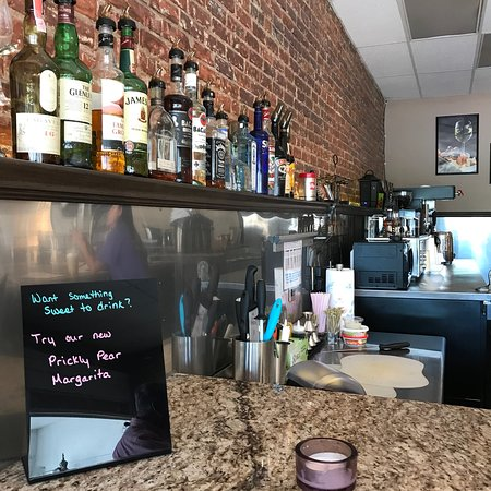 Newberry, Güney Carolina: Half Full - Coffee and Wine
