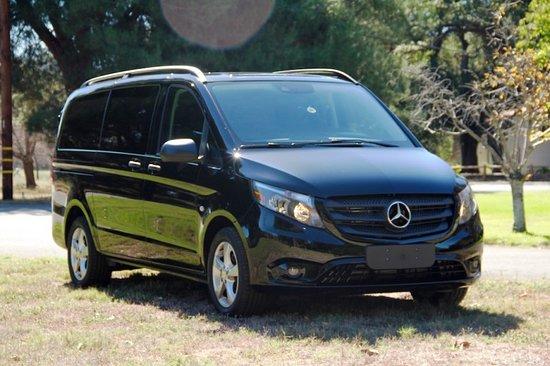 KD Elite Transportation: 7 Passenger Mercedes Benz Metris