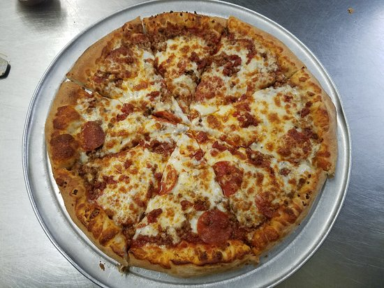 Brick Oven Pizza Rockport: Meat Lovers