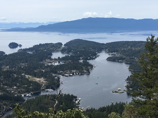 Sunshine Coast, Canada: View of Pender Harbour, Madeira Park and Francis Peninsula