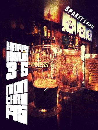 Conneaut, OH: Sparky's Happy Hour