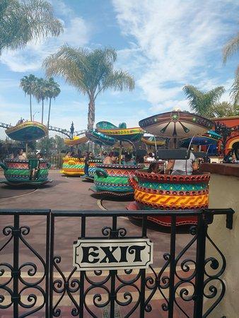 Buena Park, كاليفورنيا: Fiesta Village