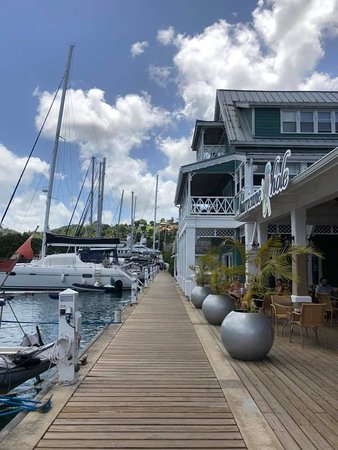 Marigot Bay, St. Lucia: In front of hurricane hole