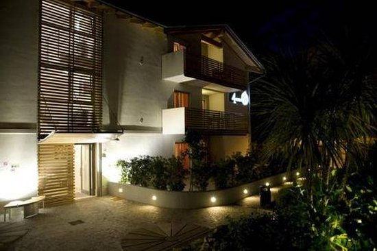 4Limoni Apartment Resort: Exterior