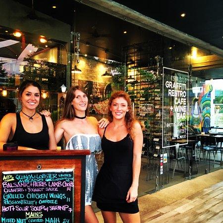 Graffiti Restro Cafe and Wine Bar: Graffiti Staff
