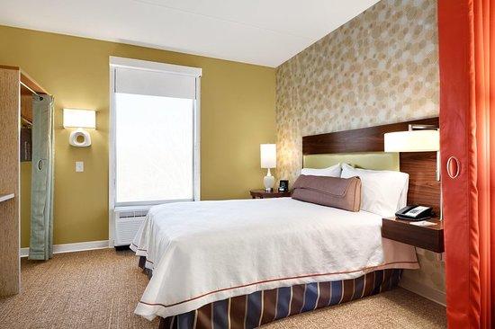 Lexington Park, MD: Suite