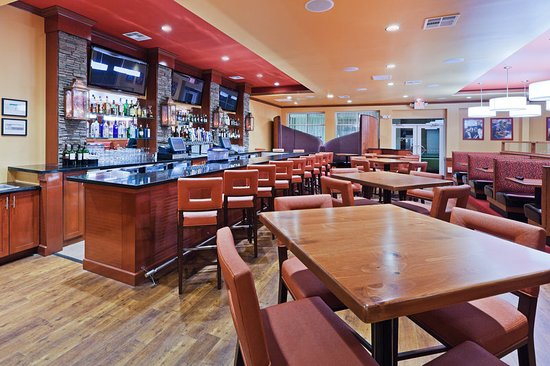 Holiday Inn Hotel-Houston Westchase: Bar/Lounge