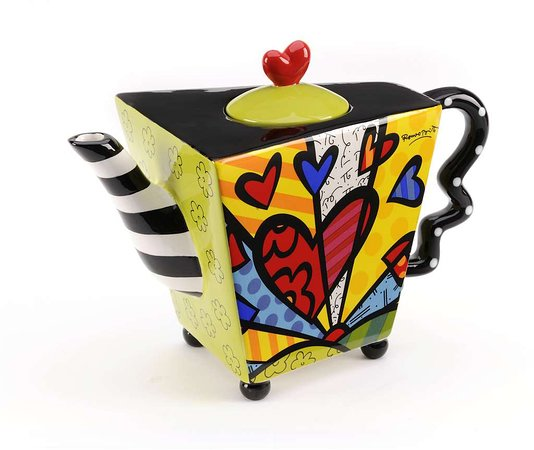 เซย์มูร์, อินเดียน่า: Romero Britto - just one of many teapot designers we feature in our store.