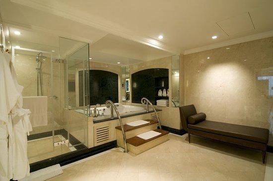 InterContinental Bangkok: Guest room