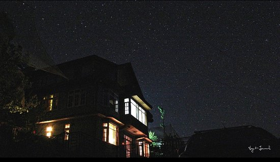 Kotgarh, India: Star all around the cottage.