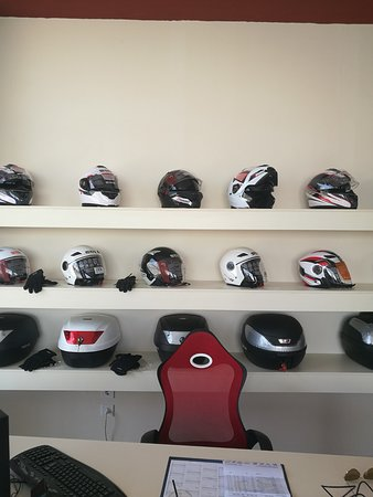 Kalathas, Grecia: Helmet for each Driver