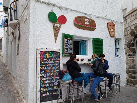 San Bar Ciriaco