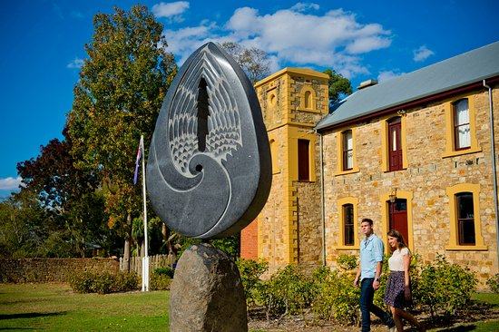Adelaide Hills, Australia: Hahndorf Academy and Hills Sculpture Trail, Hahndorf