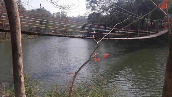 Bandarban, بنجلاديش: Meghla parjatan complex