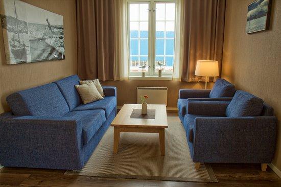 Haroy, Norway: De fleste rommene har sitteplasser med utsikt mot storhavet.