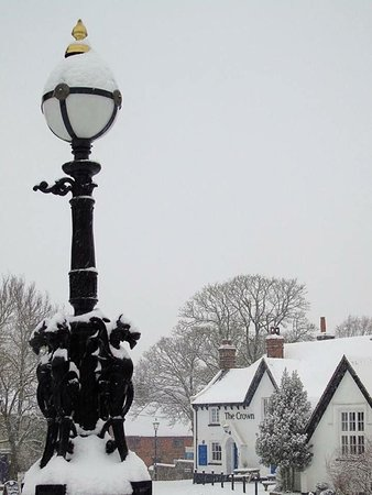 Snowday at The Crown 2018