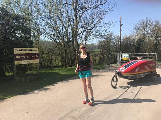 Hassocks, UK: This is your reviewer now - after TLC helped my hip heal fast!