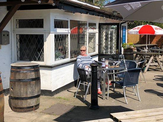 Shardlow, UK: The pub