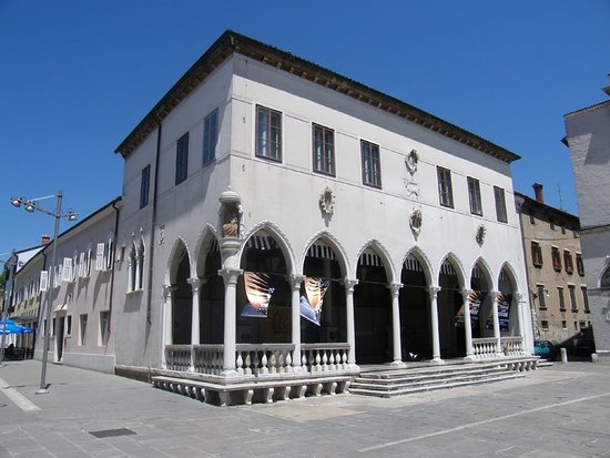 Loža Gallery