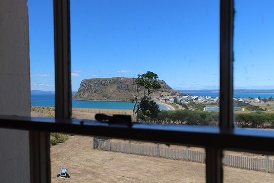 Stanley, Australia: The Nut State Reserve