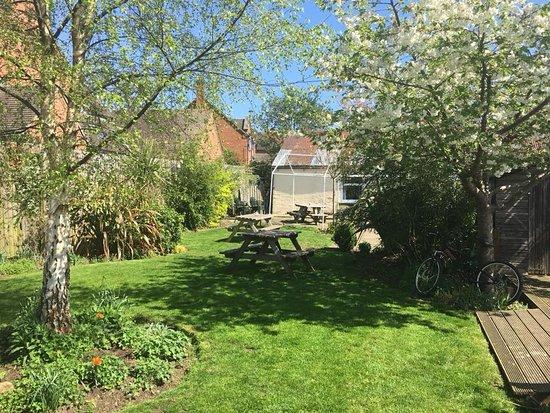 Mickleton, UK: The Sun is Shining