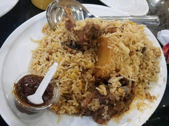 Sultan's Dine: Kacchi